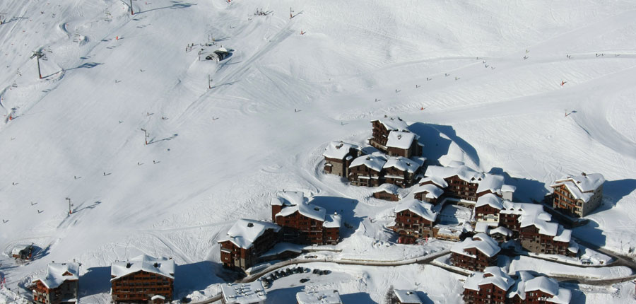 france_espace-killy-ski-area_tignes_village-montana_exterior.jpg